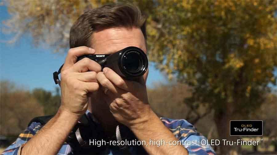 Jual Kamera Mirrorless Sony A6000 Kit 16-50mm Hitam Murah. Cek Harga Kamera Mirrorless Sony A6000 Kit 16-50mm Hitam disini, Sentra Digital Toko Kamera Surabaya - Sentradigital.com